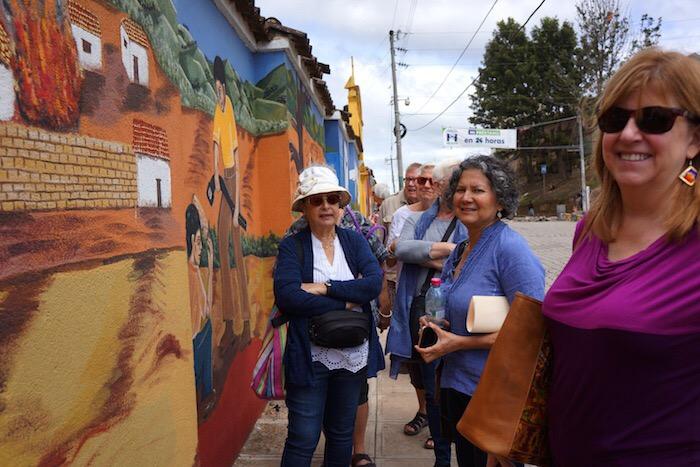 Comalapa Art Walk - Naif Art of Guatemala Tour